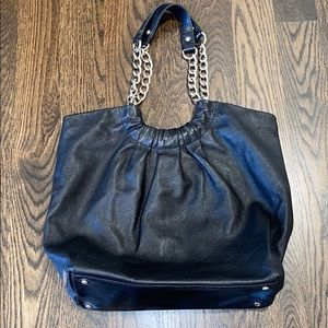 Kate Spade leather shoulder bag with silver chain